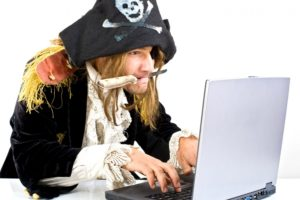 За скачивание пиратских копий отечественных фильмов предлагают штрафовать