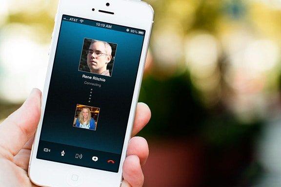 Instagram намерен дополнить свой функционал возможностью совершать видеозвонки